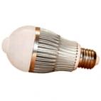 Żarówka LED PIR 6W E27 230V